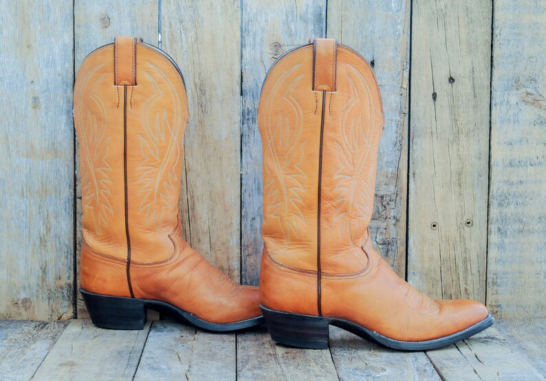 d4434d1879d Us 7 men, Justin vintage cowboy boots, all leather made in the USA, great  condition, FREE USA SHiPPiNG