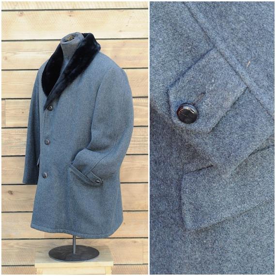 XL,1940s coat, mens winter coat wool coat fur coll