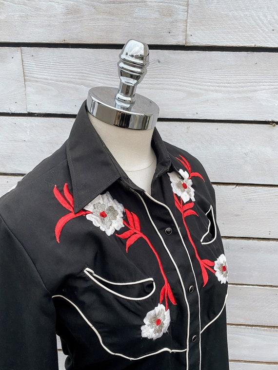 small, pearl snap shirt, western shirt, 1970s wes… - image 7