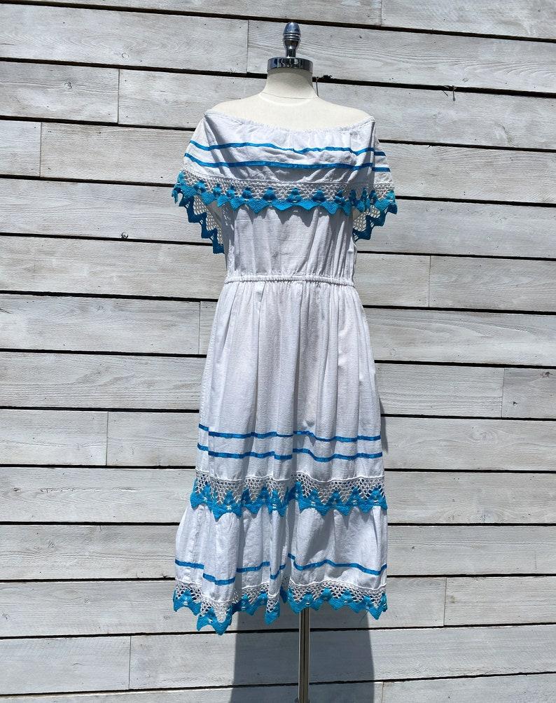 medium FREE USA SHIPPING 1970s mexican summer dress vintage peasant dress