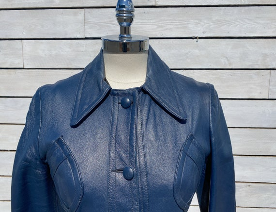 XS, leather trench coat, 1970s trench coat, FREE … - image 6