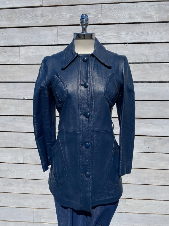 XS, leather trench coat, 1970s trench coat, FREE … - image 2