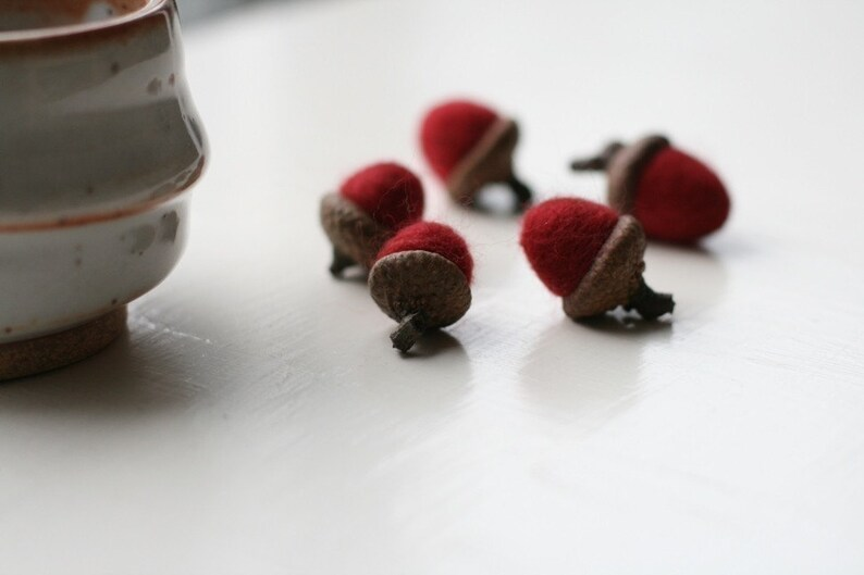 5 Red Felt Acorns image 0