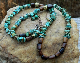 Turquoise Chip and Bone Bead Necklace