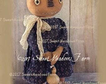 Polly Pumpkin Doll Stander Primitive Fall Epattern