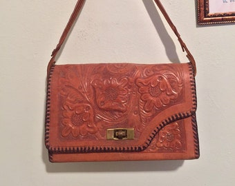 0f5cbd2384b8 Vintage Gaitan hand tooled genuine leather reversible floral purse   Made  in Mexico