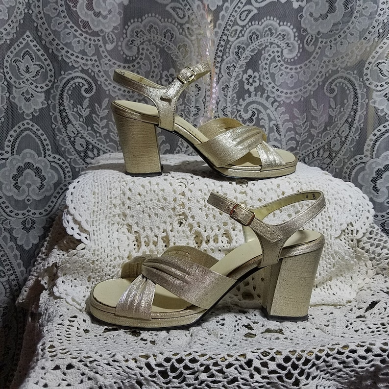 9808be498fdcc Vintage 1960's Metallic Gold Platform Heels Quali Craft Size 5 B, Disco  Dancing Queen
