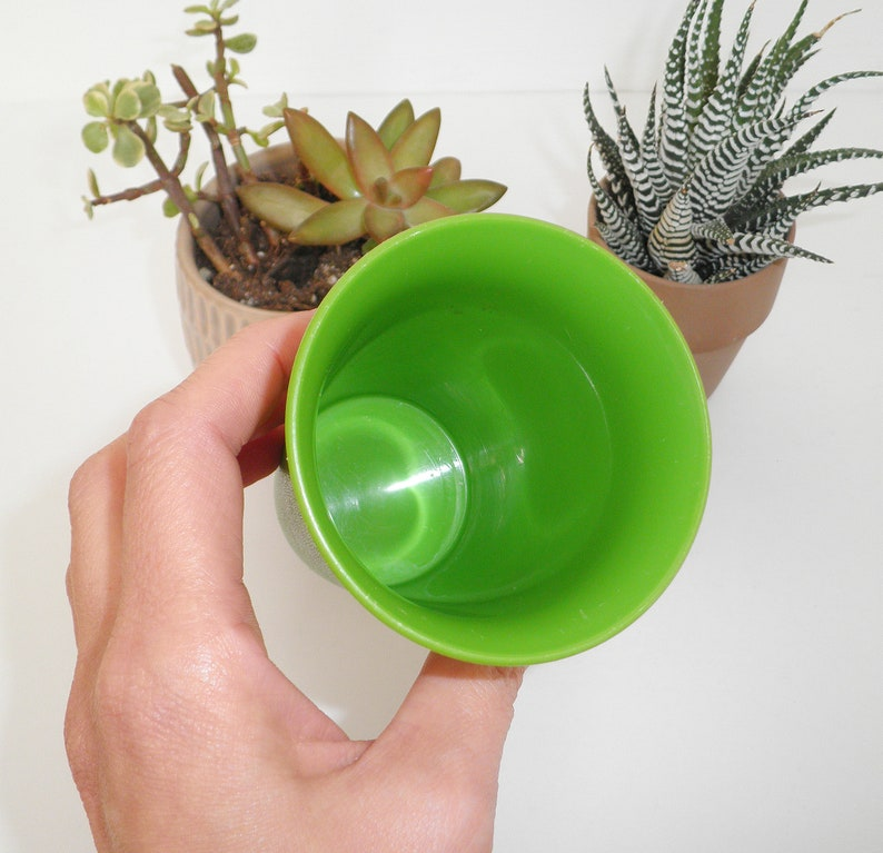Vintage Tupperware Green Kids BELL TUMBLER Cup 1980s 80/'s Sippy Cup Replacement Kitsch 109-19