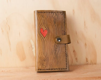 iPhone 8 Wallet Case - Leather with Woodgrain and Heart Pattern - iPhone 8, 8+, 7, 7+, 6, 6+, X, SE, and 5 - Phallet in Antique Brown + Red