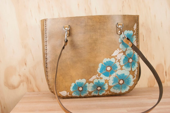 Leather Laptop Tote Bag 15in - Oversize Rustic Leather Tote in the Belle  Pattern with Wild Roses - Antique Brown and Turquoise c5c4b477ee