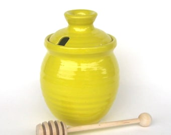 Honey Pot with Dipper - Knock You're Hat In the Creek Yellow glaze