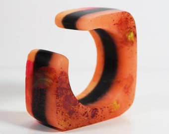 AS_79, bracelet en résine, déclaration bijoux, bracelet résine, bracelet violet, bijoux italien, fait à la main en Italie,