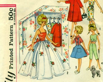 Simplicity 4883 Early 1960s Closet Full of Clothes for 12 Tammy Teen Age Doll - Makes Her Closet, Too  ©