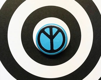 No Peace Pin