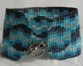 Electric Blue bracelet