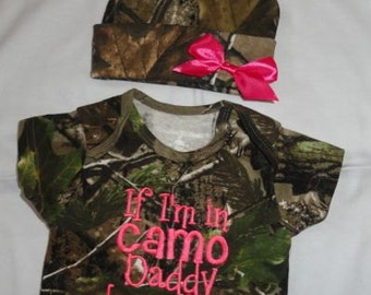 If I'm In Camo Daddy Dressed Me Realtree Baby Bodysuit Beanie Hat Bow