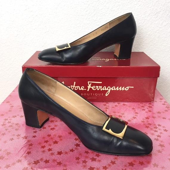 Vintage 70s 80s Ferragamo shoes heels pumps