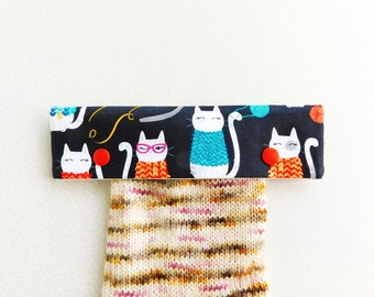 Knitting Needle Keeper DPN Cozy for 6 inch needles - Knit Together Cats