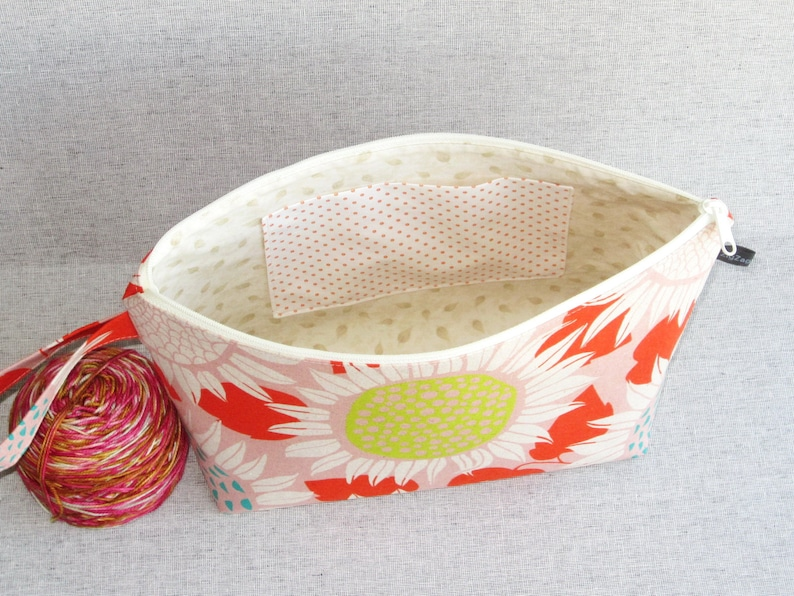 Wedge Bag Front Yard Shawl Project Size Knitting Bag Sunflowers