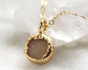 druzy necklace, round druzy pendant, gold necklace, druzy agate, champagne druzy, Boho, layering necklace
