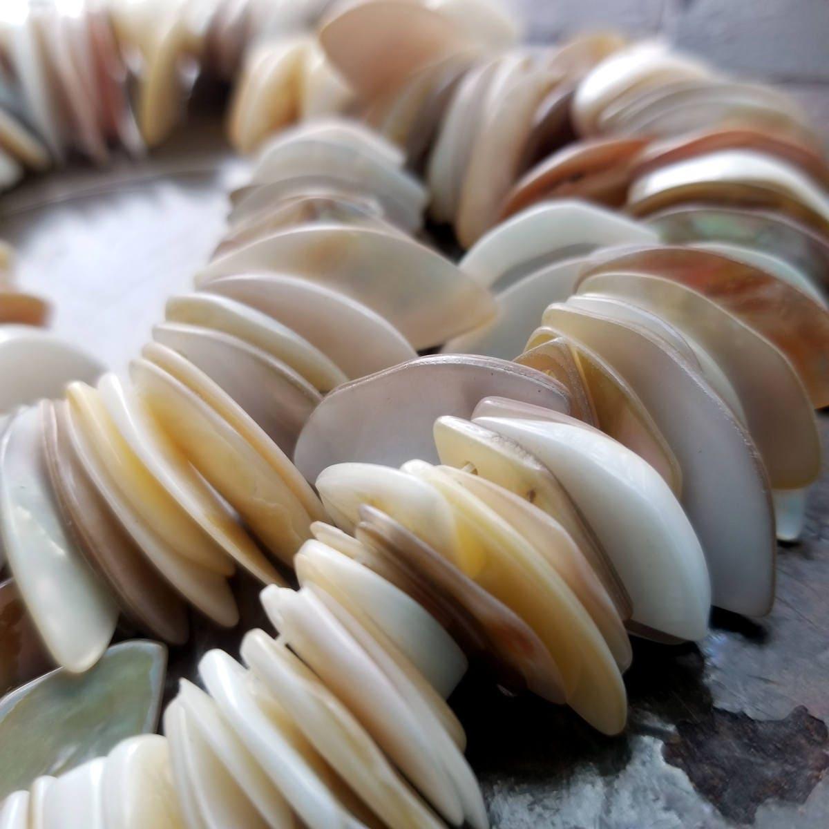 shell perles perles de nacre coquillage naturel marquise. Black Bedroom Furniture Sets. Home Design Ideas
