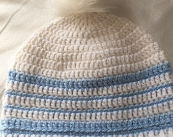 Crocheted slouchy beanie white with baby blue stripes faux fur pompom UNC  football Free Shipping unisex ladies teen girl boy ski winter hat c39bf2a7116