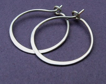 just hoops- small, hammered, sterling silver, 3/4 inch