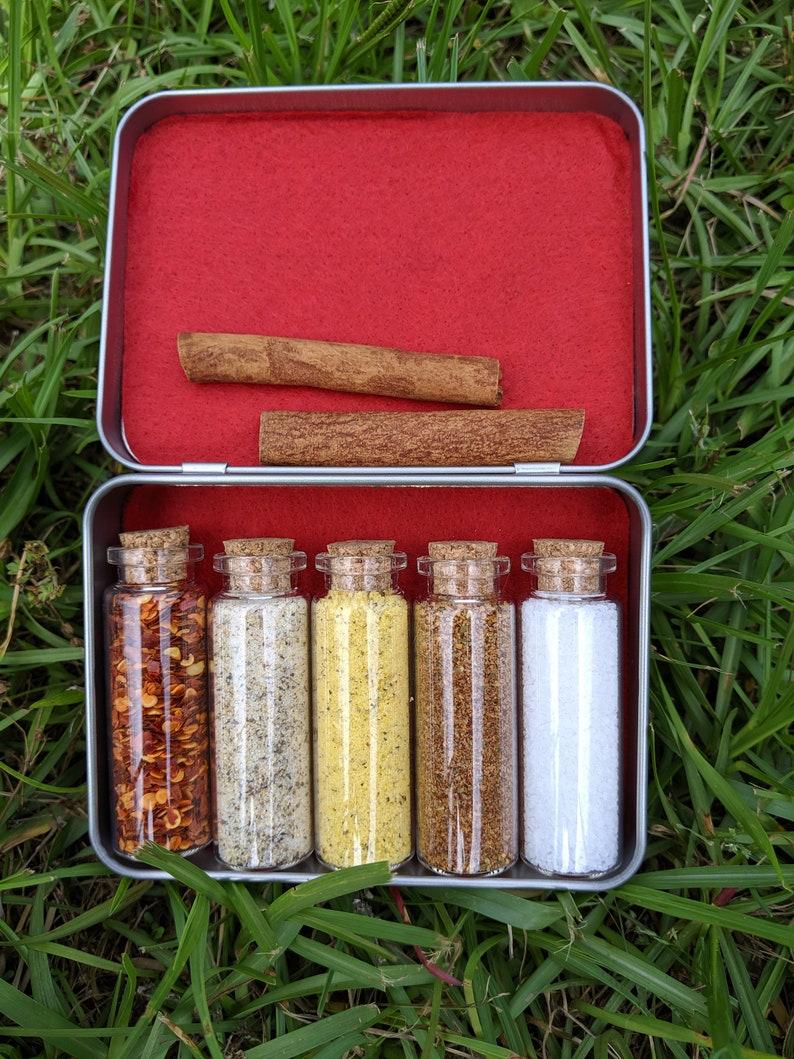 Pocket Spice Box Kit  BUSHCRAFT TRAVEL HIKING Work image 0