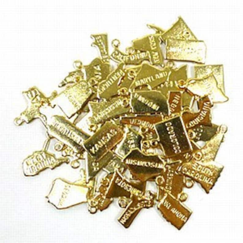 Hawaii Charm 12 pieces Gold Plated
