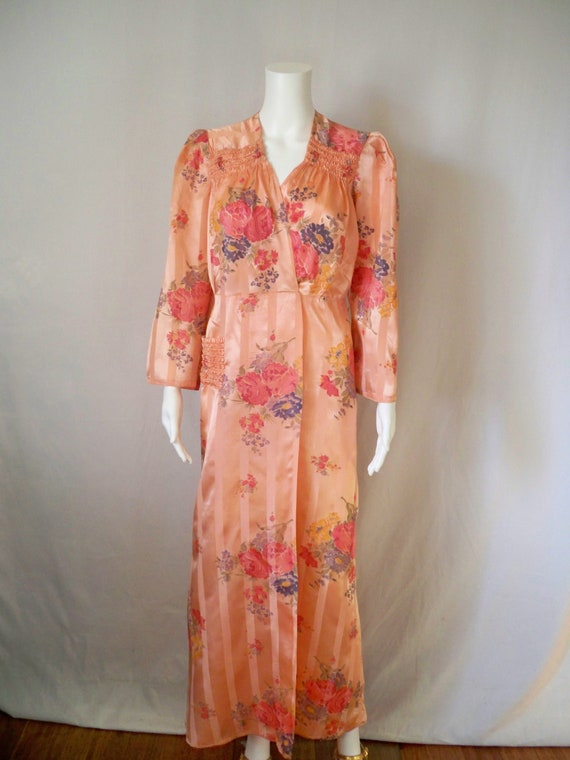 1940s Rayon Satin Floral Robe/1940s Lingerie,Vinta