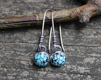 Blue Kingman spiderweb turquoise dangle earrings / sterling silver dangle / gift for her / jewelry sale / American turquoise earrings