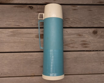 Vintage Blue 24 ounce Thermos