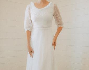 Dreamy Vintage Floral Lace Wedding Dress