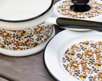 Vintage Fall Floral Motif Enamelware Pot and Plate