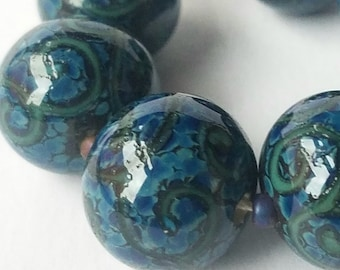 GMD lampwork glass beads blue mottled speckled turquoise scrolls 14-15mm set of 7 rounds