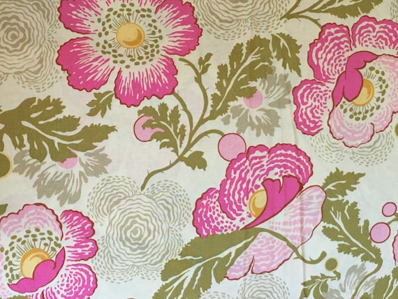 OOP Midwest Modern cotton fabric. Fresh Poppies Fuchsia by Amy Butler