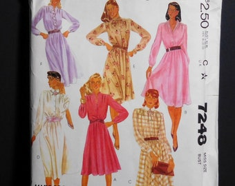 size 10 Vintage McCall/'s 7248 Dress