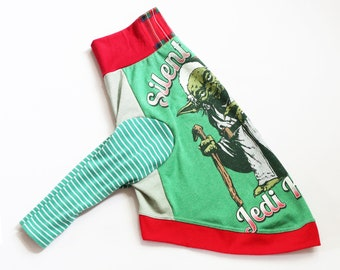 whippet CATNEYDOGNEY upcycled jersey outfit top COURTNEYCOURTNEY long sleeves silent night xmas Christmas Jedi knight Yoda star wars green