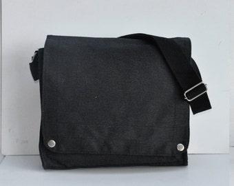 Blank Canvas messenger bag
