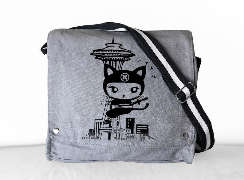 Seattle Kitty Canvas Messenger Bag Gray