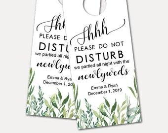 Personalized Door Hanger for Wedding Guests, Do Not Disturb Door Hanger, Hotel Welcome Gift, Wedding Favor, Wedding Door Tag (2993)