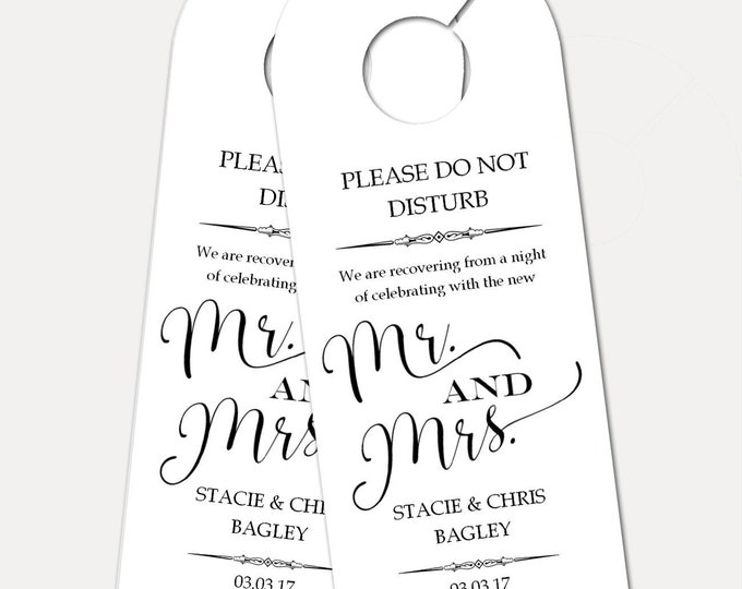 Personalized Door Hanger for Wedding Guests, Do Not Disturb Door Hanger, Hotel Welcome Gift, Wedding Favor, Wedding Door Tag