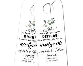 Personalized Wedding Door Hanger for Wedding Guests, Do Not Disturb Door Hanger, Hotel Welcome Gift, Wedding Favor, Wedding Door Tag (2822)