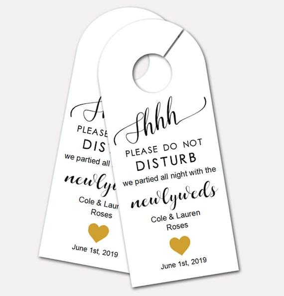 Personalized Door Hanger for Wedding Guests, Do Not Disturb Door Hanger, Hotel Welcome Gift, Wedding Favor, Wedding Door Tag (5089)