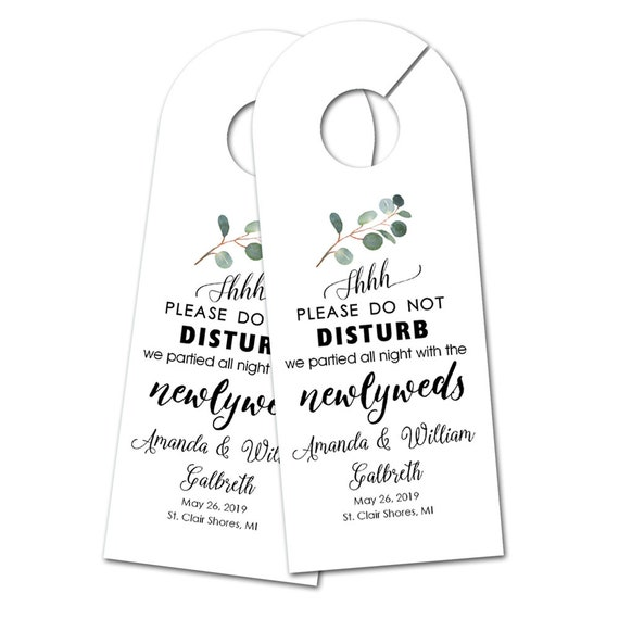 Personalized Wedding Door Hanger for Wedding Guests, Do Not Disturb Door Hanger, Hotel Welcome Gift, Wedding Favor, Wedding Door Tag (2822)