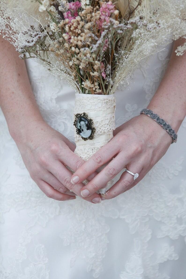 Argent Plaqué Double Photo Souvenir Charme pour Mariage Bouquet
