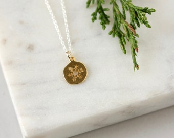 Dainty Gold Snowflake Necklace