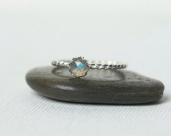 Sterling Silver Faceted Labradorite Ring