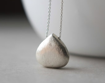 Silver Teardrop Necklace, Silver Pendant Necklace, Minimal Jewelry, Sterling Briolette Necklace, Jewelry Clothing Gift, Layering Necklace