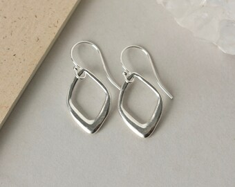Sterling Silver Geometric Dangle Earrings, Hammered Silver Earrings, Minimalist Modern Jewelry, Gift for Women, Everyday Silver Jewelry